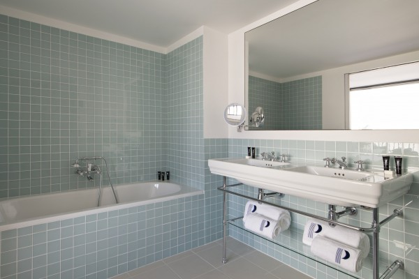 HOTEL PARISTER -  bathtub double sink by N. Matheus (11)